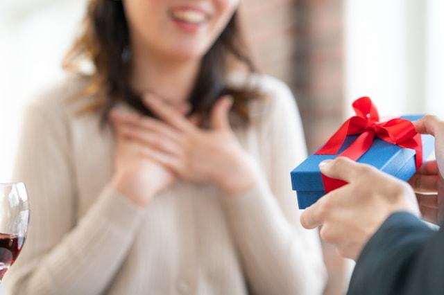 男性から女性へプレゼント