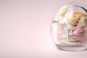 ダイヤモンドネックレスをプレゼントする時のポイントって?