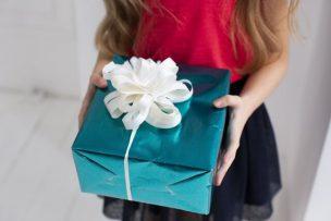 入学祝いの贈り物は何が良い?相場や年齢別のおすすめを紹介