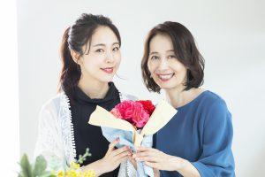 【2021年版】特別な母の日に贈りたい高級なプレゼントと注意点