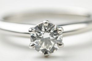高貴な輝き!4月の誕生石ダイヤモンド
