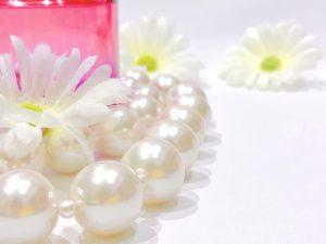 真珠の質の見極め方!パールジュエリーを選ぶときのコツ