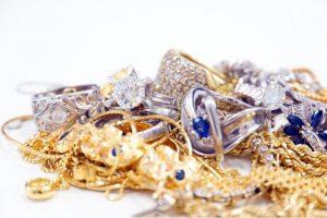 宝石の石言葉の歴史とは?誕生石の石言葉まとめ