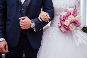 結婚式にかかるお金は?